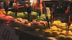 DIY กระทงจากขนมปังหลากสี