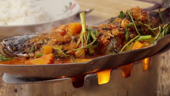 วิธีทำ แกงส้มแป๊ะซะปลาช่อน เมนูหม้อไฟรสเด็ด อร่อยง่ายๆ ที่บ้าน
