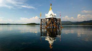 หน้าร้อนเที่ยว เมืองบาดาล ที่สังขละบุรี ล่องเรือชมโบสถ์เก่ากลางน้ำ สุดอันซีน