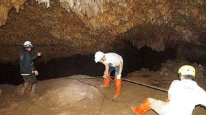 ประมวลภาพการปฏิบัติงานมนุษย์ไฟฟ้า กับภารกิจปฎิบัติการถ้ำหลวง