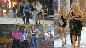 สาวๆ เมืองนิวคาสเซิล ออกมาท่องราตรีท่ามกลางหิมะ ท้าอุณหภูมิ -3 องศาเซลเซียส