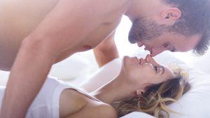 วิธีปลุกอารมณ์ชาย ที่สาวควรรู้และทำให้เป็น