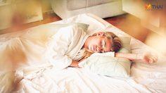 นอนตกหมอน ปวดคอแบบนี้ เกิดมาจากสาเหตุอะไร?