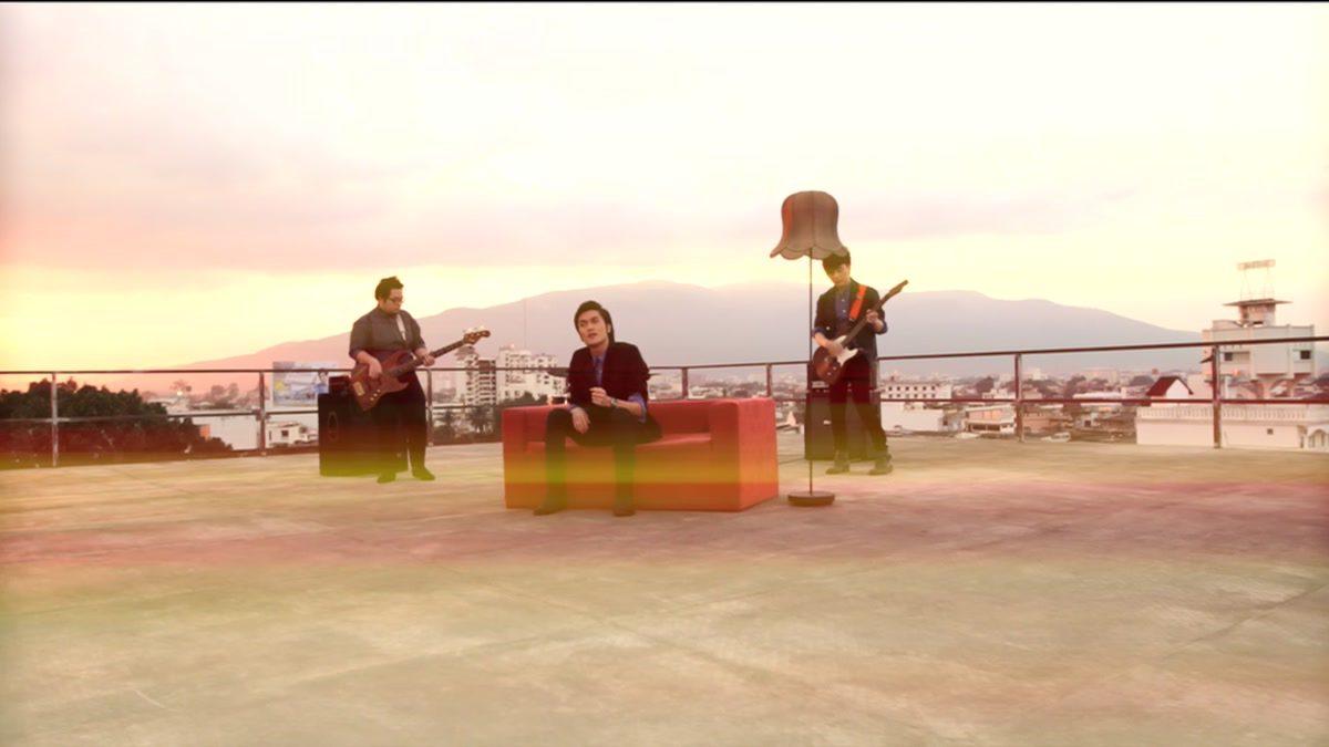 คนคุ้นเคย - Radio Garden [Official MV]