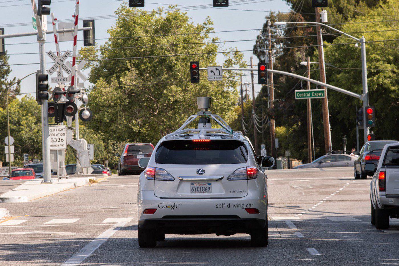 รถยนต์ไร้คนขับ Google