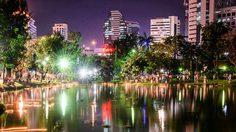 สถานที่ลอยกระทงกรุงเทพฯ ค่ำคืนแห่งสายน้ำและแสงจันทร์
