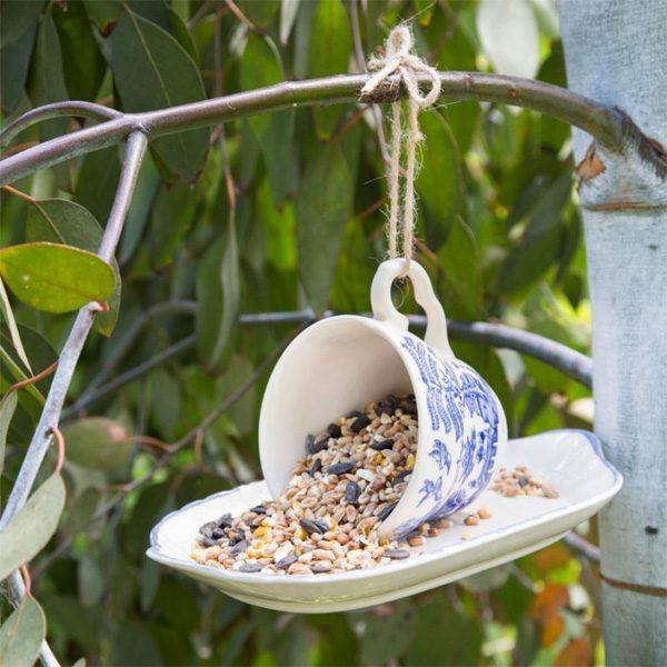 ถาดอาหารเลี้ยงนก
