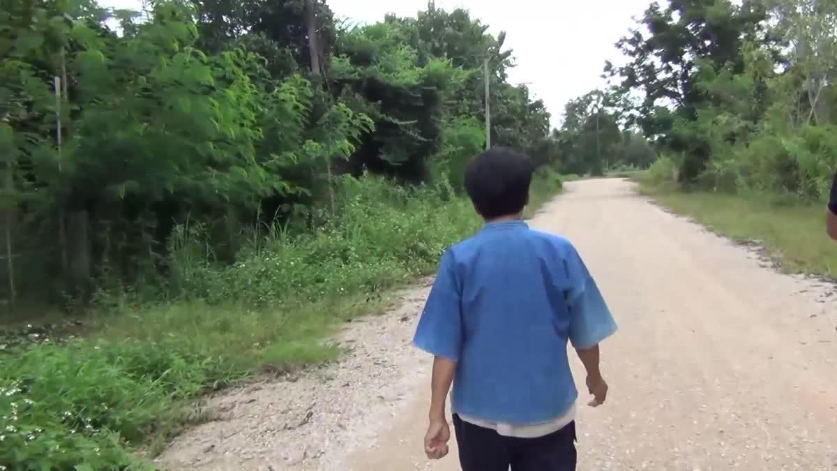 ชาวบ้านสุดทน ถ่ายภาพรถดูดส้วมมักง่าย ปล่อยอุจราระลงคลองใน จ.ลำปาง