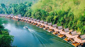 ไปเที่ยวกาญจน์ไหม? นอนเล่นแช่น้ำ กับ 10 ที่พักริมน้ำ กาญจนบุรี
