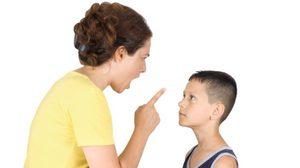 5 วิธี สอนวินัย แบบ ทำลายชีวิตลูก
