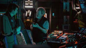 ห้องบังคับการ!? ริดลีย์ สก็อตต์ ปล่อยภาพจากกองถ่าย Alien: Covenant