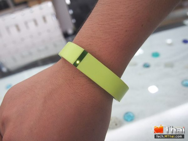 fitbit (8 of 8)