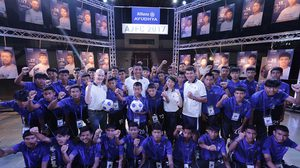 เอลแบร์ ร่วมสานฝัน 40 แข้งเยาวชนไทยสู่ระดับโลกในโครงการ อลิอันซ์ จูเนียร์ ฟุตบอล แคมป์