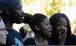นักศึกษาประท้วงกรณีเหยียดผิวในสหรัฐฯ