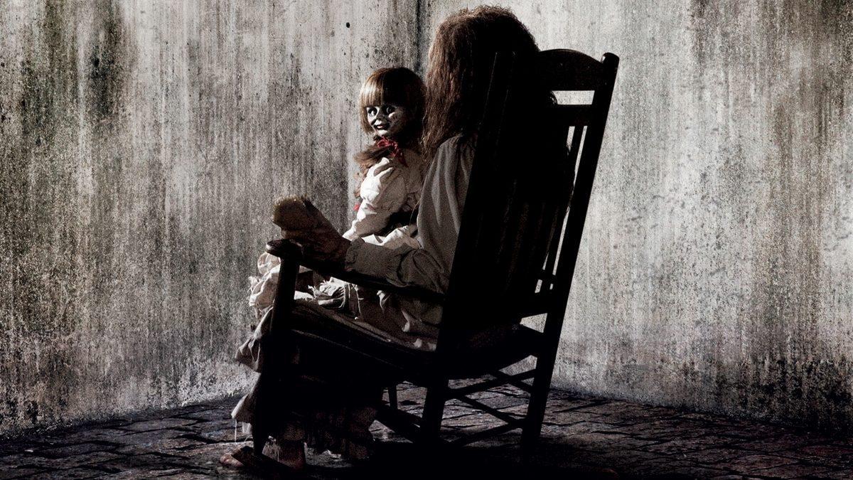 10 หนังบ้านผีสิงที่น่ากลัว จนต้องกรี๊ด !