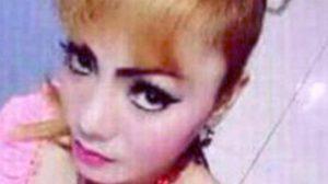 เผยคลิปนาทีนักร้องสาวถูกงูจงอางฉกกลางเวที กัดฟันโชว์ต่อ ก่อนไม่ไหวดับ