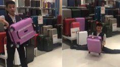 พนักงานขายกระเป๋าเดินทาง สาธิตความทนของกระเป๋าแบบสุดโต่งจนต้องกดไลค์