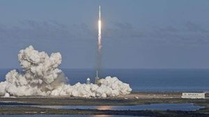 ก้าวหน้าไปอีกขั้น!  SpaceX ทำได้ส่งจรวดหนักที่สุดในโลก ขึ้นวงโคจรสำเร็จ