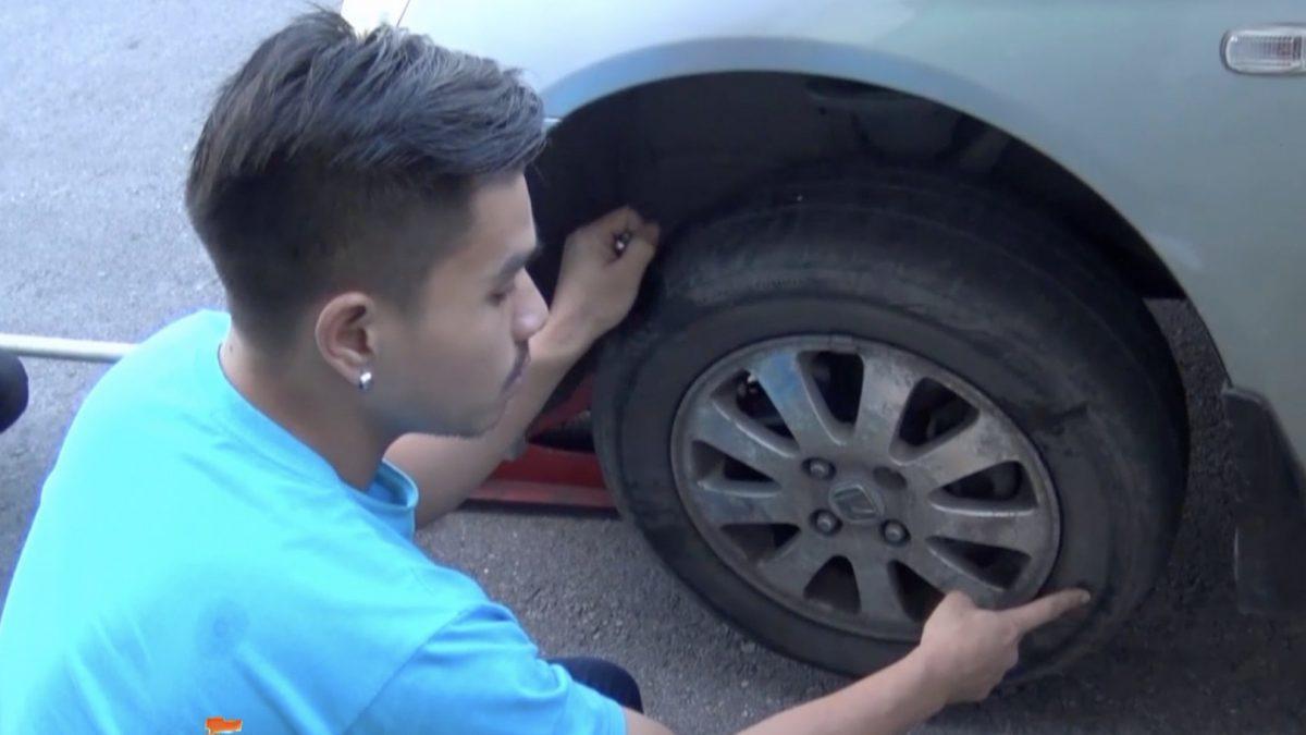 ชายก่อเหตุใช้มีดแทงยางรถยนต์เสียหาย 20 คัน