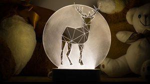 เจ๋งขั้นสุด! ตะเกียงแก้ว LED เลเซอร์อะครีลิครูปทรงเรขาคณิต ดีไซน์สุดแจ่ม