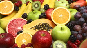 8 ผลไม้แคลอรี่ต่ำ กินได้เพลินๆ ไม่มีคำว่าอ้วน!!