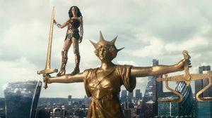 ก่อนซูเปอร์แมนจะมา ซูเปอร์ฮีโร่ทั้งห้าขอปล่อยของก่อน ในตัวอย่างล่าสุด Justice League