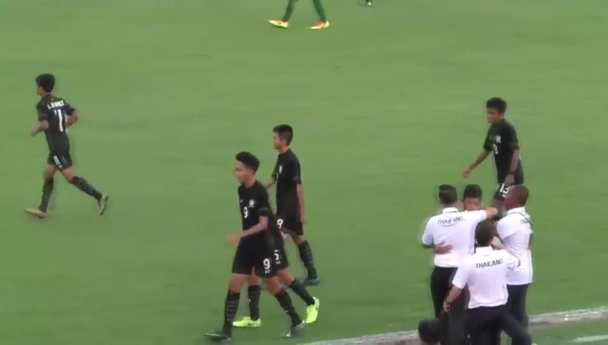 ทีมชาติไทย ยู-15 แซงชนะ ออสเตรเลีย ยู-15 2-1