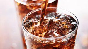 12 สิ่งมหัศจรรย์ ที่จะเกิดขึ้นเมื่อคุณ เลิกดื่มน้ำอัดลม ตั้งแต่วันนี้!!
