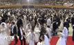 เกาหลีใต้จัดแต่งงานหมู่ 15,000 คู่
