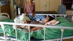 วอนช่วยแม่ตาบอดวัย 74 ต้องเลี้ยงดูลูกอายุ 50 ปี ป่วยติดเตียง