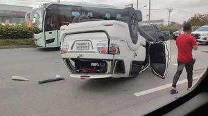 รถซิ่งห้าวแข่งกันบนถนนหลวง ก่อนพลาดเสียหลักทำคันอื่นคว่ำล้อชี้ฟ้า