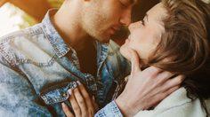 จูบใครคิดว่าไม่สำคัญ! 13 สิ่งที่มั่นใจว่าคุณไม่รู้ เกี่ยวกับการจูบ