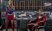 ภาพแรก The Flash ข้ามจักรวาลไปพบ Supergirl