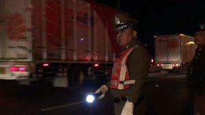 'ศรีวราห์' ลงพื้นที่ถนนพหลโยธิน โบกจราจรด้วยตัวเอง เร่งระบายรถออกกรุง
