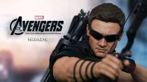Hot toys The Avengers: Hawkeye Limited Edition Collectible Figurine