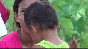 รุดช่วย 2 แม่ลูกชาวเมียนมา หลังเดินหลงทาง ที่จังหวัดพัทลุง