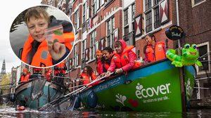 น่าสนุกดี!! ทัวร์ล่องเรือเก็บ ขยะ กำลังได้รับความนิยมอย่างมากในฮอลแลนด์