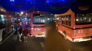แชร์ว่อน!! คลิปพนักงานรถเมล์สาย 39 ทะเลาะกันเองกลางถนน