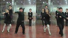 ได้หมดถ้าสดชื่น! เด็กจีนหุ่นอวบอั๋น ขอเต้นลีลาศตัวพริ้วมาก