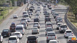 'ถนนสายเอเชีย' แน่นตั้งแต่ช่วงบ่ายรถติดเป็นแถวยาว