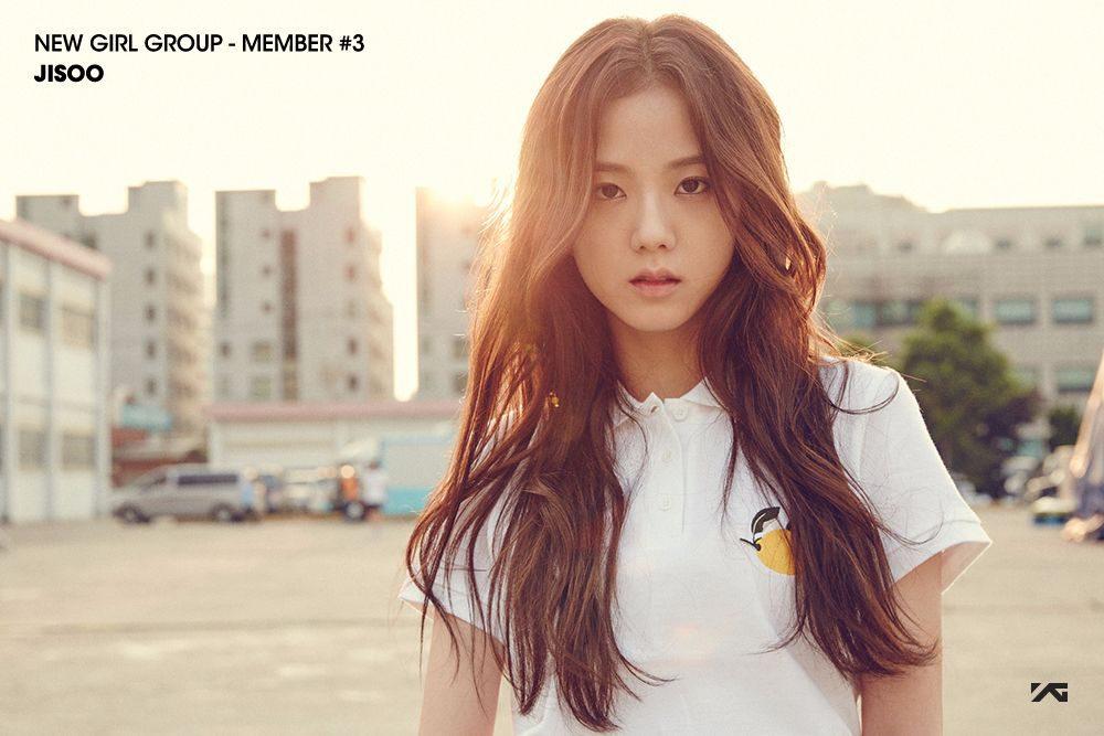 NEW GIRL GROUP Member #3 (2)
