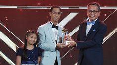 หนึ่ง จักรวาล ปลื้มรับรางวัลผู้วิจารณ์งานยอดเยี่ยม จากรายการ ลูกทุ่งไอดอล งาน MAYA AWARDS 2020