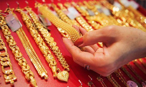 ทอง เปิดตลาดวันนี้ราคาปรับขึ้น 100 บาท