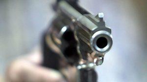 คนร้ายซิ่งกระบะ กราดยิงกลุ่มเด็กแว้นคู่อริ ดับ 2 เจ็บ 6 ที่ระยอง