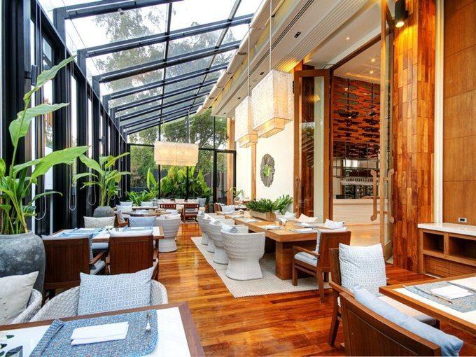 pic1-rocks-restaurant