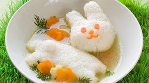 วิธีทำ ซุปไก่กับข้าวนึ่ง ไอเดียน่ารักๆ ชวนหนูน้อยมาหม่ำ