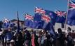 ชาวนิวซีแลนด์ลงมติใช้ธงชาติเดิม
