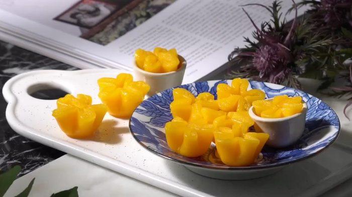 วิธีทำ ทองหยิบ ขนมไทยโบราณแสนอร่อย สูตรทำเองง่ายๆ