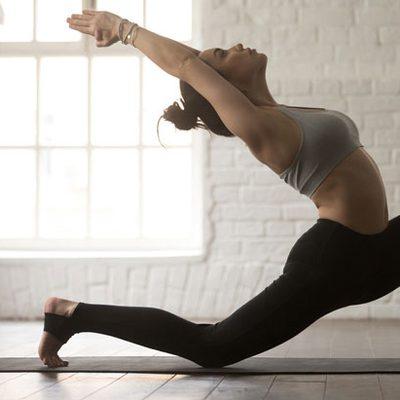 10 ท่าโยคะเพื่อสุขภาพ ช่วยยืดกล้ามเนื้อ และนี่คือประโยชน์ของแต่ละท่า!!