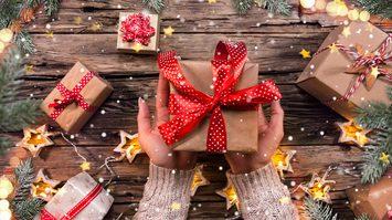 10 ไอเดีย ของขวัญปีใหม่-ของขวัญจับฉลาก ที่ไม่ได้มีแต่คุกกี้